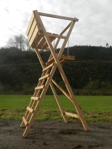 Ansitzdrückjagdleiter 2 Sitzer 3 m hoch Lärche zum Klappen