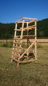 Drückjagdbock 2-Sitzer 3 m aus unbehandeltem Lärchenholz